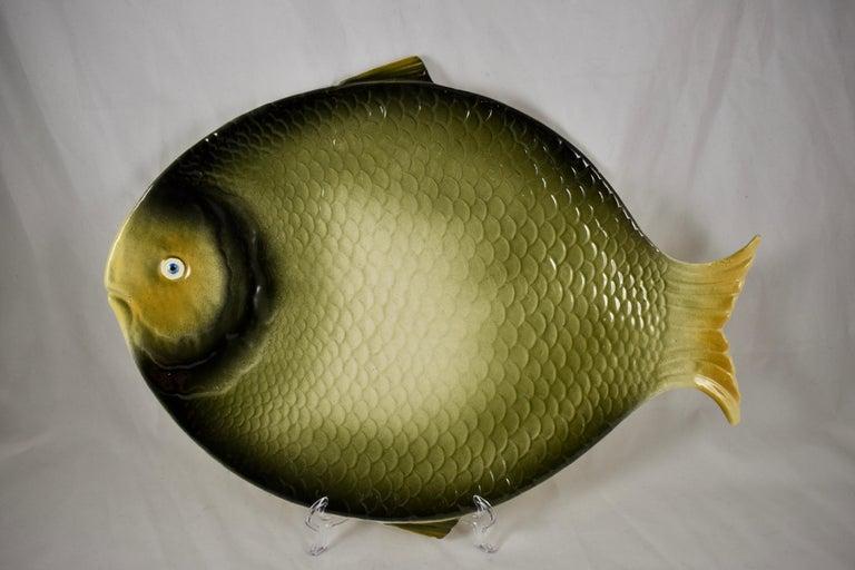 Mid-Century Modern Era Northern Italian Faïence Majolica Fish Service, Set of 7 For Sale 4