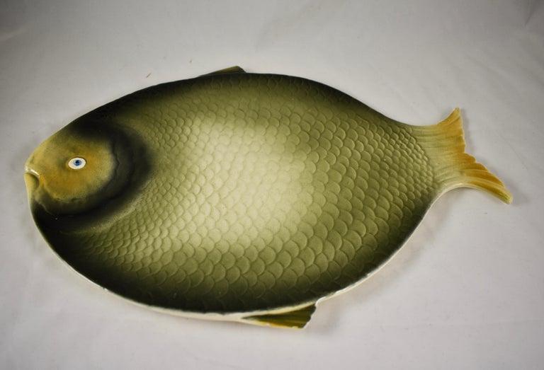 Mid-Century Modern Era Northern Italian Faïence Majolica Fish Service, Set of 7 For Sale 6