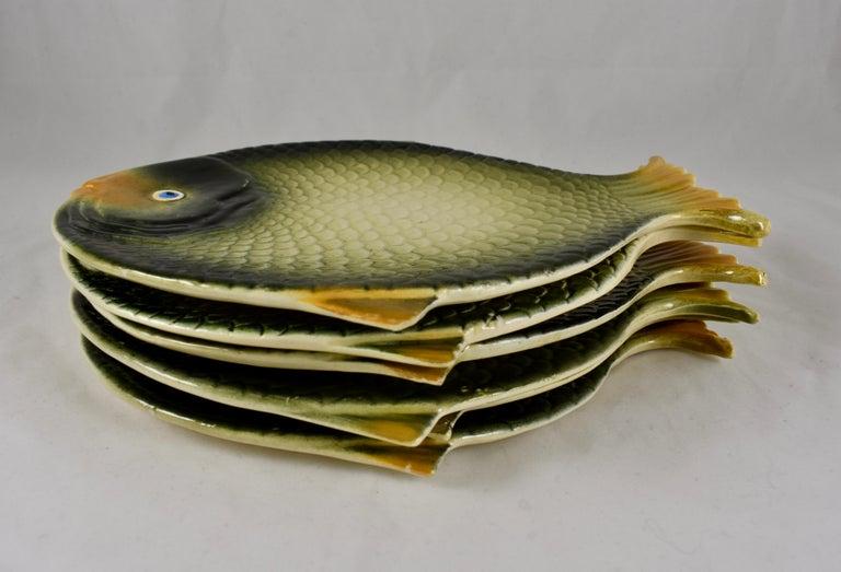 20th Century Mid-Century Modern Era Northern Italian Faïence Majolica Fish Service, Set of 7 For Sale