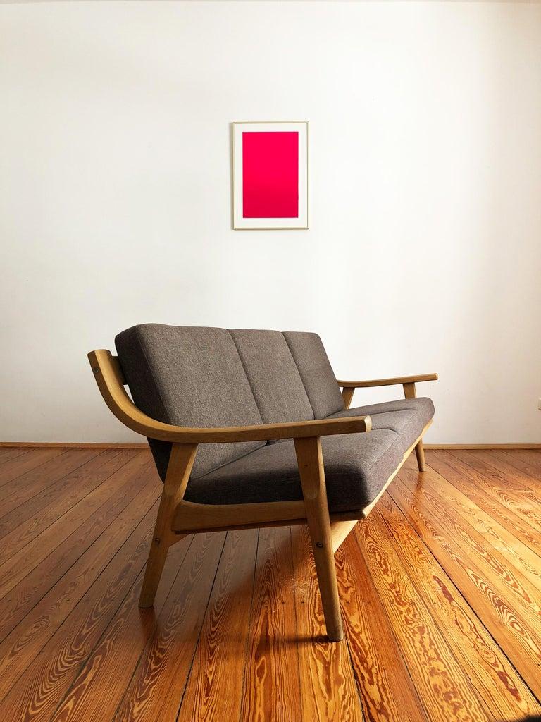 Mid-Century Modern Midcentury Oak Sofa Model 530 by Hans Wegner for GETAMA For Sale