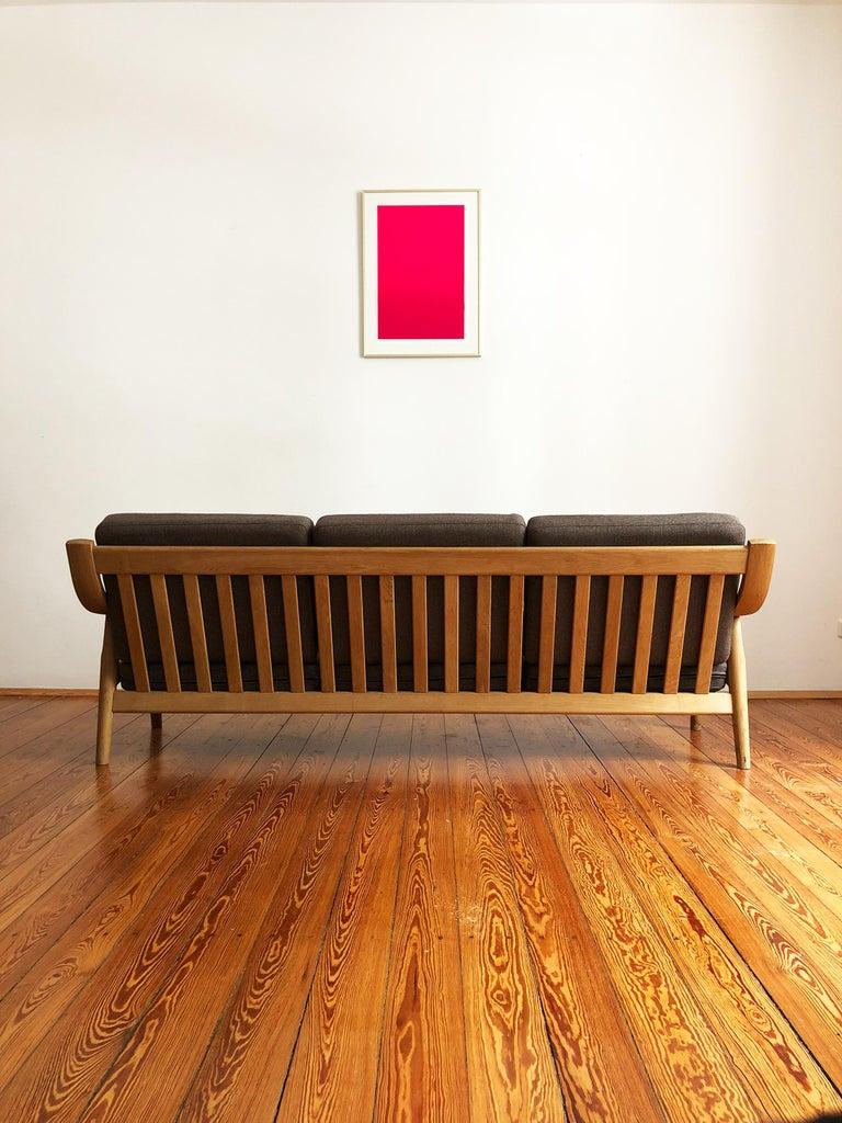 20th Century Midcentury Oak Sofa Model 530 by Hans Wegner for GETAMA For Sale