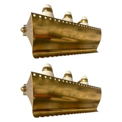 Mid Century Pair of Brass and Enamelled Metal Sconces. Italy, 1950s