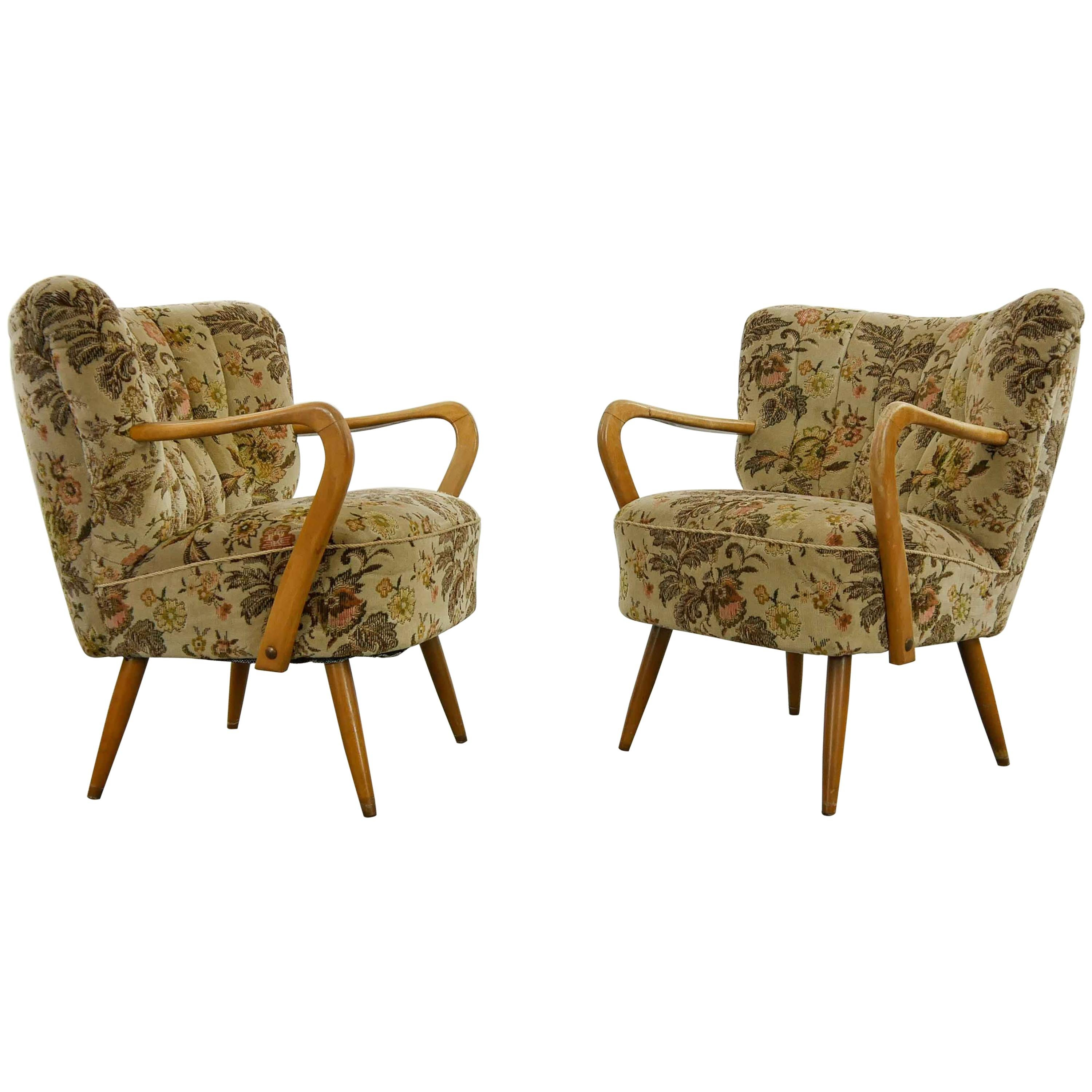 Midcentury Pair of Cocktail Club Chairs with Armrests, 1950s