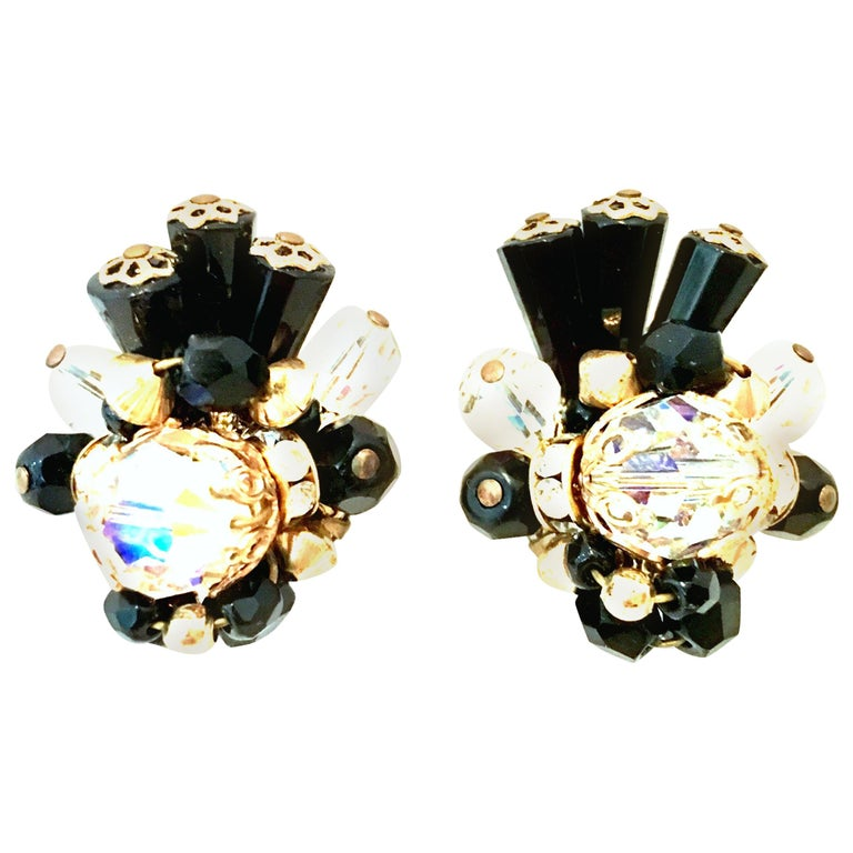 Mid-Century Pair Of Gold & Glass Bead Dimensional Earrings By, Alice Caviness For Sale