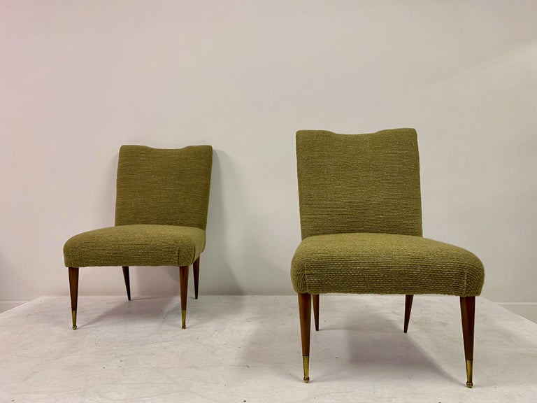 Midcentury Pair of Italian 1950s Slipper Chairs in Green Wool Linen Blend 5