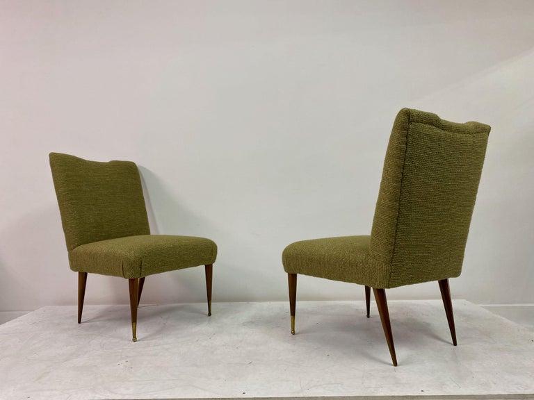 Midcentury Pair of Italian 1950s Slipper Chairs in Green Wool Linen Blend 7