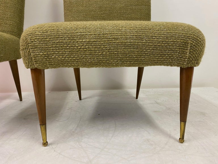Midcentury Pair of Italian 1950s Slipper Chairs in Green Wool Linen Blend In Good Condition In London, London