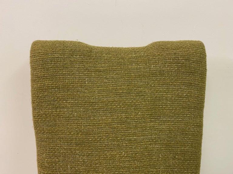 Midcentury Pair of Italian 1950s Slipper Chairs in Green Wool Linen Blend 3
