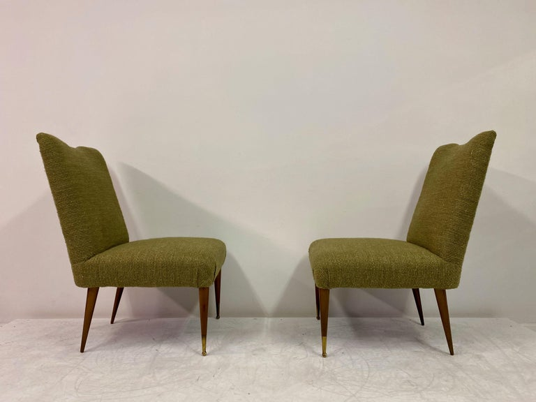 Midcentury Pair of Italian 1950s Slipper Chairs in Green Wool Linen Blend 4