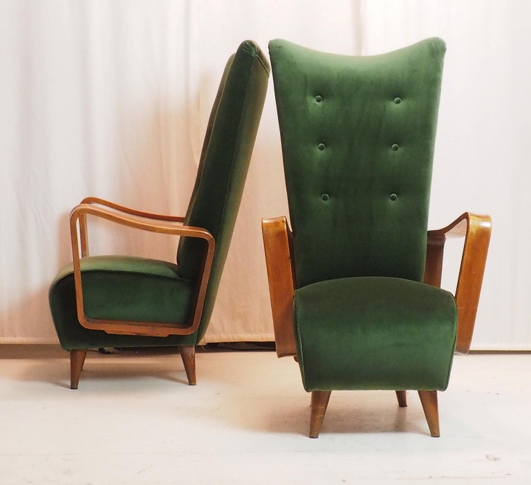 Midcentury Pair of Italian Green Velvet Armchairs by Pietro Lingeri, Italy, 1950 In Good Condition For Sale In Milano, IT