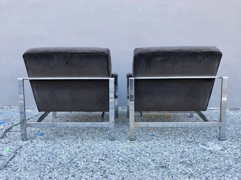 Midcentury Pair of Lounge Chairs and Cocktail Table For Sale 7