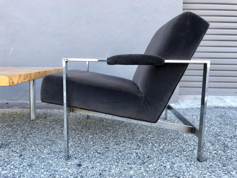 Midcentury Pair of Lounge Chairs and Cocktail Table In Good Condition For Sale In Los Angeles, CA