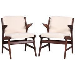 Midcentury Pair of Teak Armchairs with Light Fabric Erik Buch Attributed, 1960s
