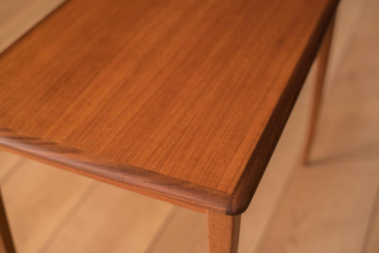 Mid Century Pair of Teak End Tables For Sale 2