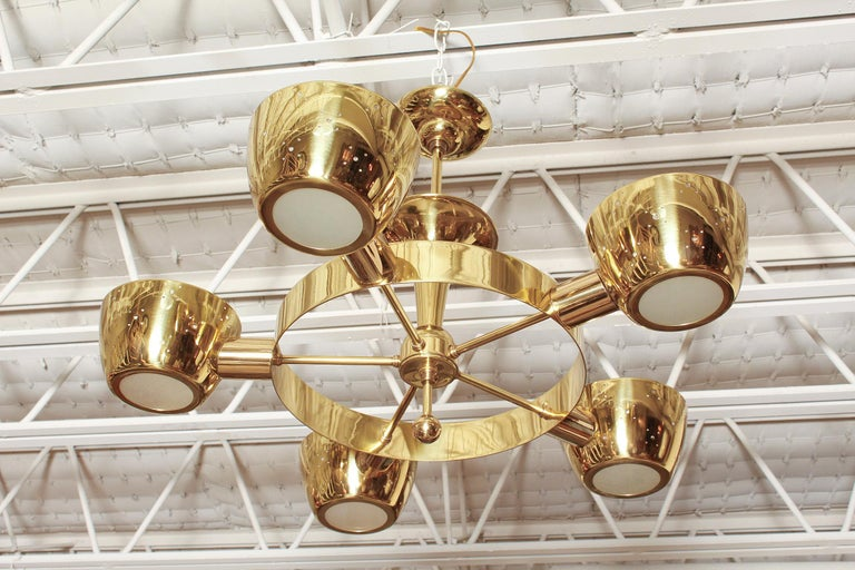 Mid-Century Modern Midcentury Polished Brass Chandelier by Lightolier For Sale