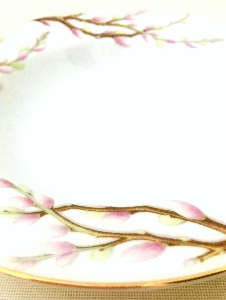 Gold Mid-Century Porcelain Dinnerware