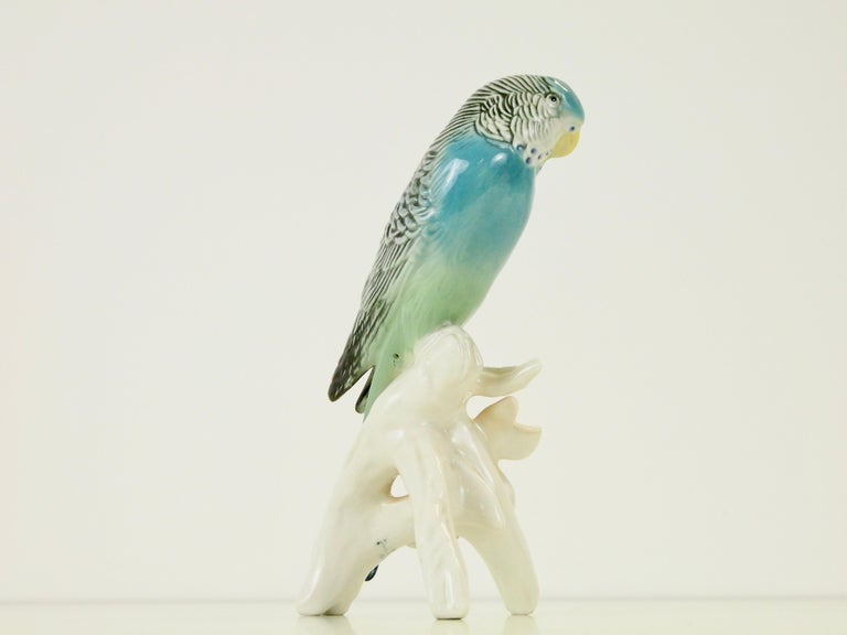 German Midcentury Porcelain Figurine Depicting a Parrot by Porzellanfabrik Karl Ens For Sale