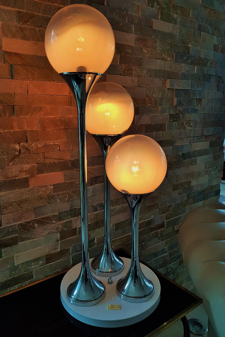Midcentury Reggiani Table Lamp, Italy, 1965 For Sale 10