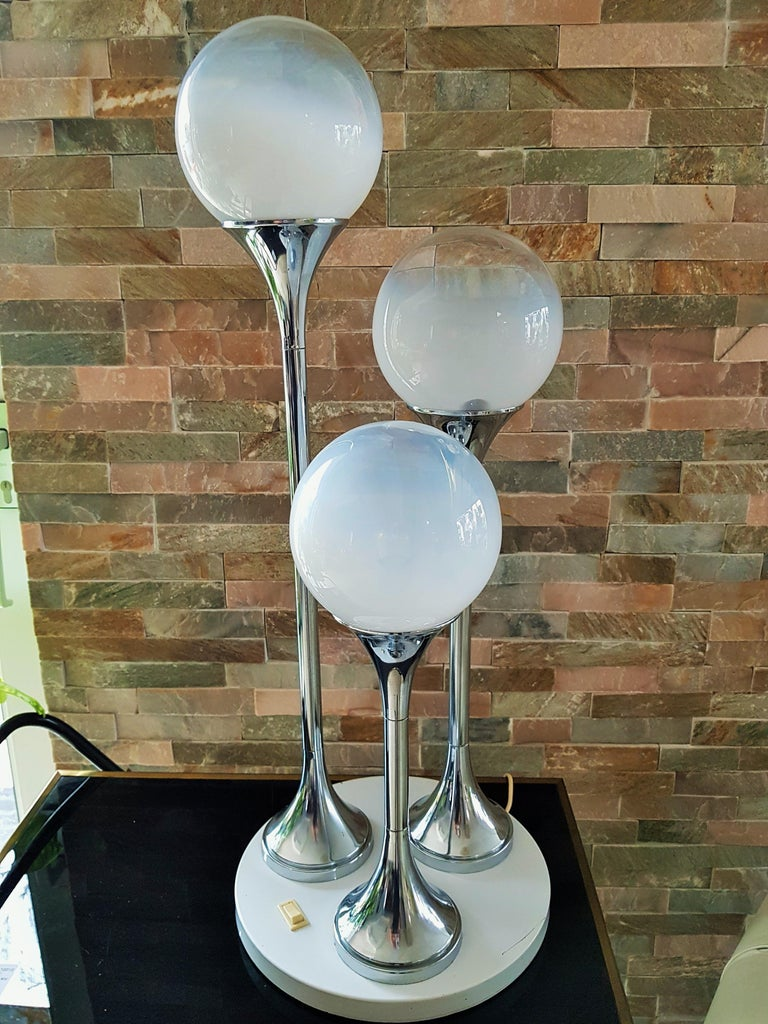 Midcentury Reggiani Table Lamp, Italy, 1965 For Sale 11