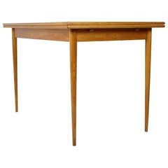 Mid-Century Restored Extendable Dining Table by Dřevotvar, 1960s