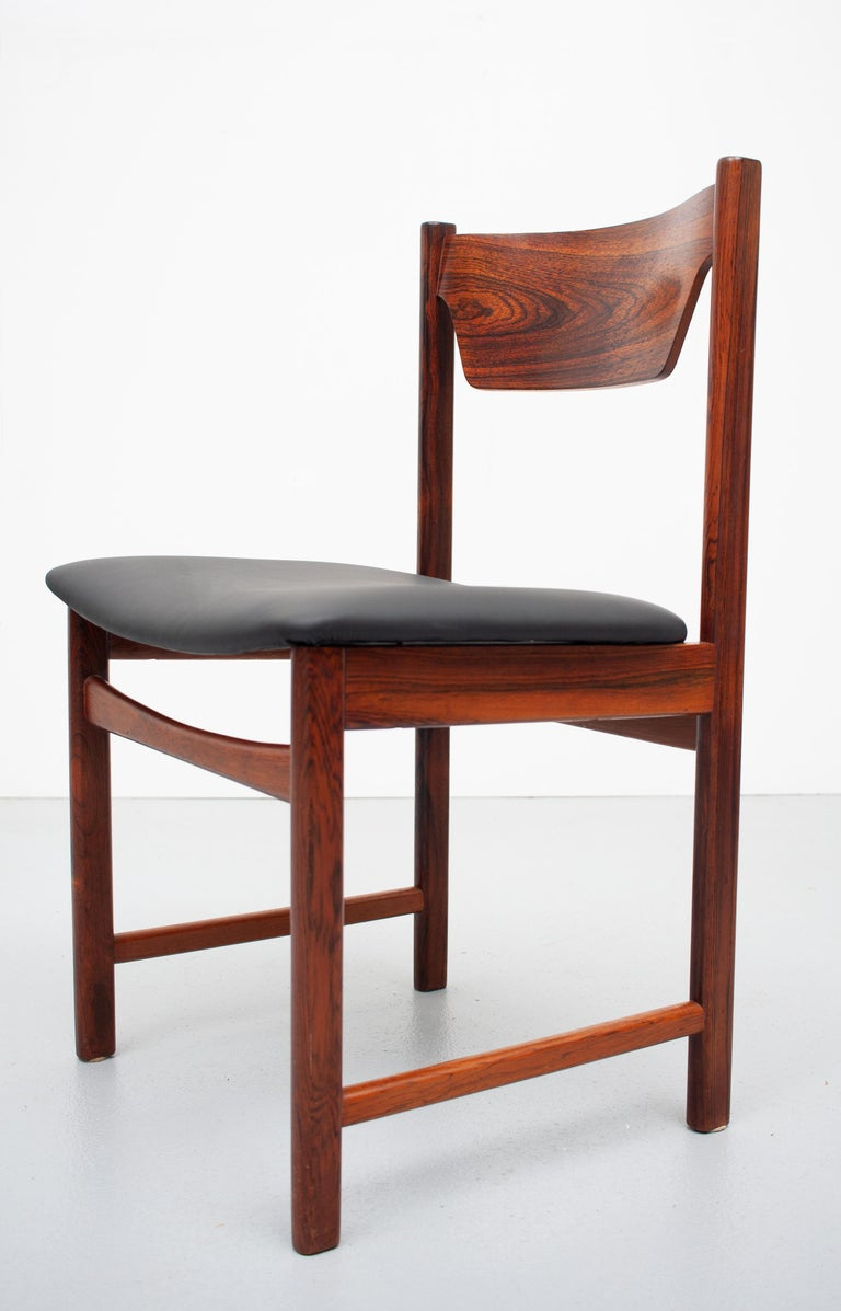 Mid Century wooden Dining Chairs Black Leather For Sale 7