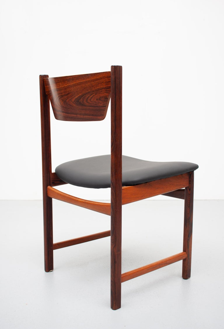 Mid Century wooden Dining Chairs Black Leather For Sale 9
