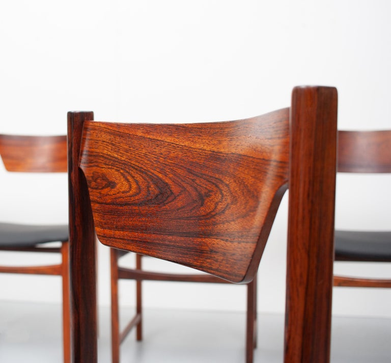 Mid Century wooden Dining Chairs Black Leather For Sale 3