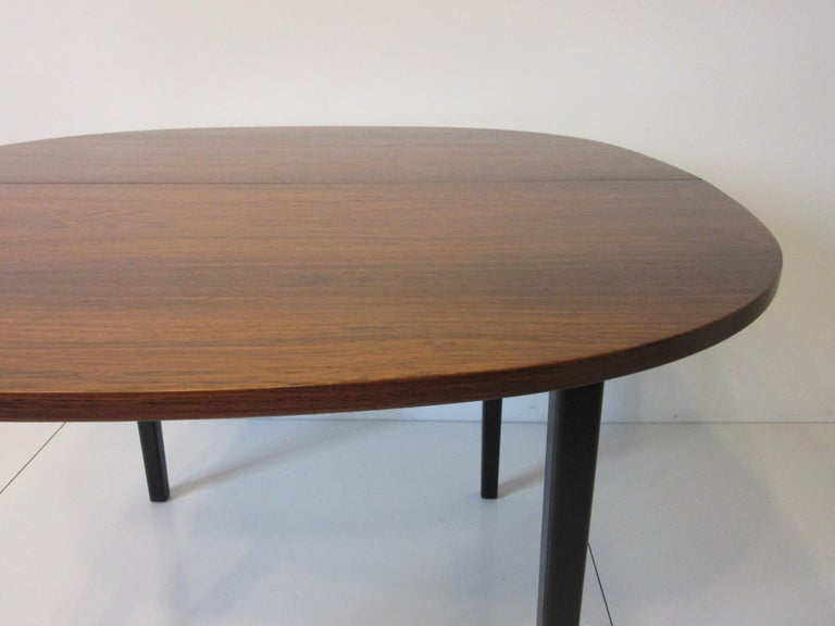 Mid Century Rosewood Dining Table in the Style of Directional  For Sale 5