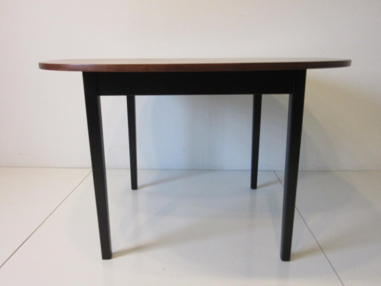 Mid Century Rosewood Dining Table in the Style of Directional  For Sale 3