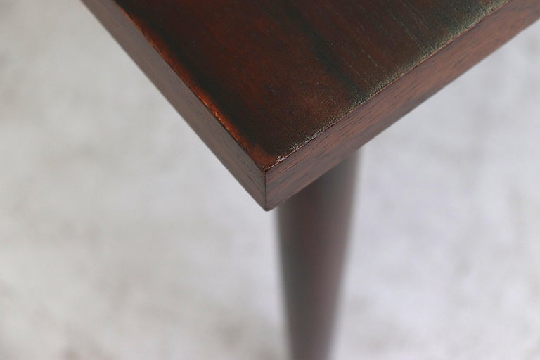 Midcentury Rosewood Dining Table with Hidden Leaf For Sale 6