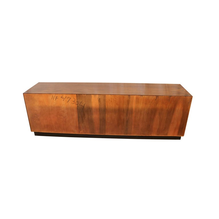 Midcentury Rosewood Sideboard Milo Baughman Style For Sale 3