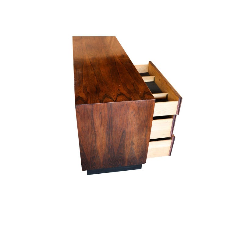 Midcentury Rosewood Sideboard Milo Baughman Style For Sale 1
