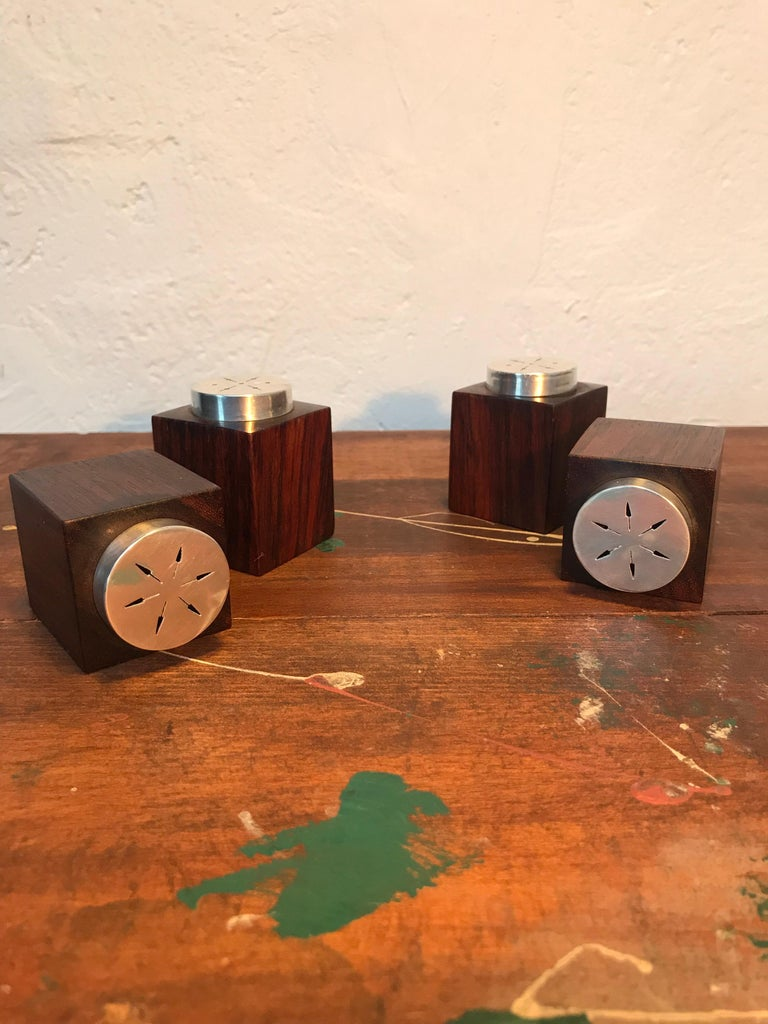 Mid-Century Modern Midcentury Salt and Pepper Shakers in Sterling Sliver For Sale