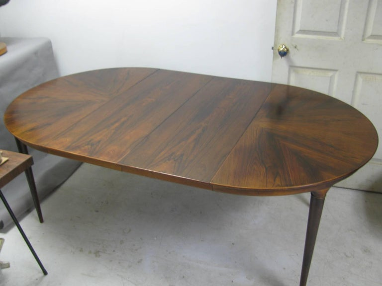 Midcentury Scandanavian Modern Rosewood Dining Room Table with Two Leaves For Sale 1