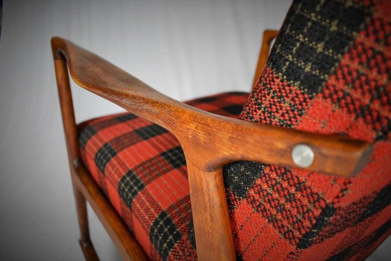 Midcentury Scandinavian Beechwood Rocking Chair, 1960s 10