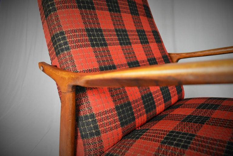 Midcentury Scandinavian Beechwood Rocking Chair, 1960s 2