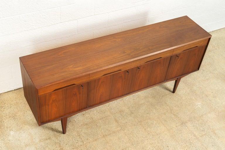 Midcentury Scandinavian Modern Alf Aarseth for Walnut Wood Sideboard Credenza For Sale 1