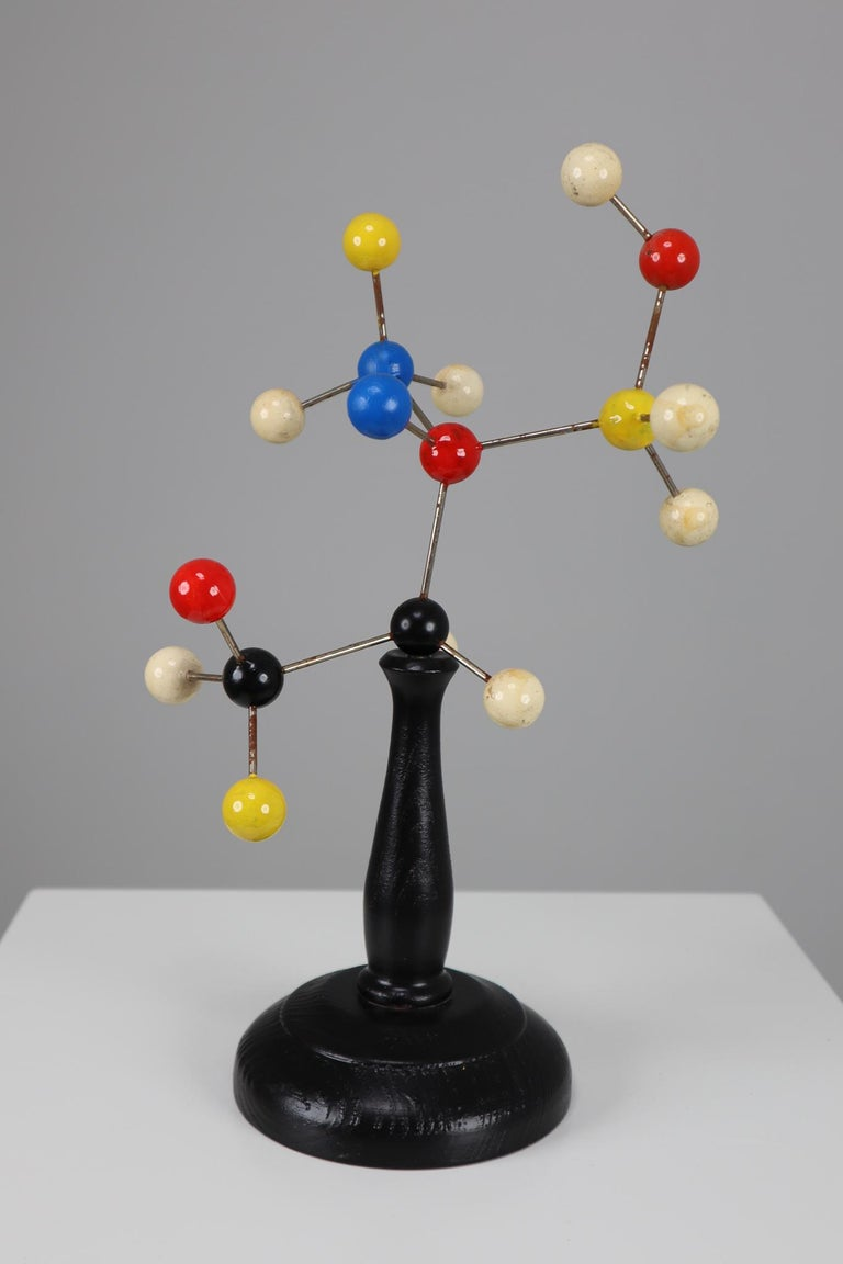 Mid-Century Scientific Molecular Model Czechoslovakia from the 1960s In Good Condition For Sale In Almelo, NL