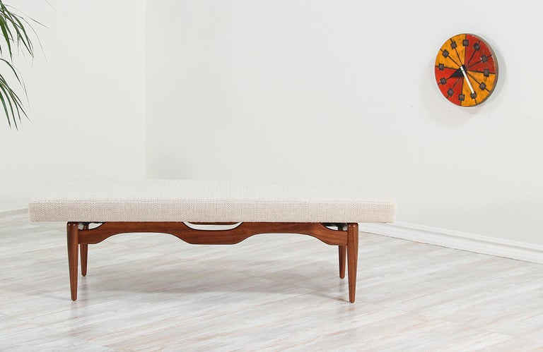 Mid-Century Modern Midcentury Sculpted Walnut and Tufted Bench For Sale