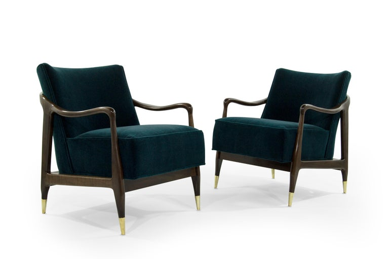 American Midcentury Sculptural Gio Ponti Style Walnut Lounge Chairs, 1950s For Sale
