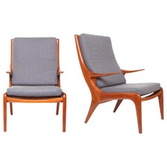 Mid-Century Sculptural Walnut Lounge Armchairs in the Style of Kagan