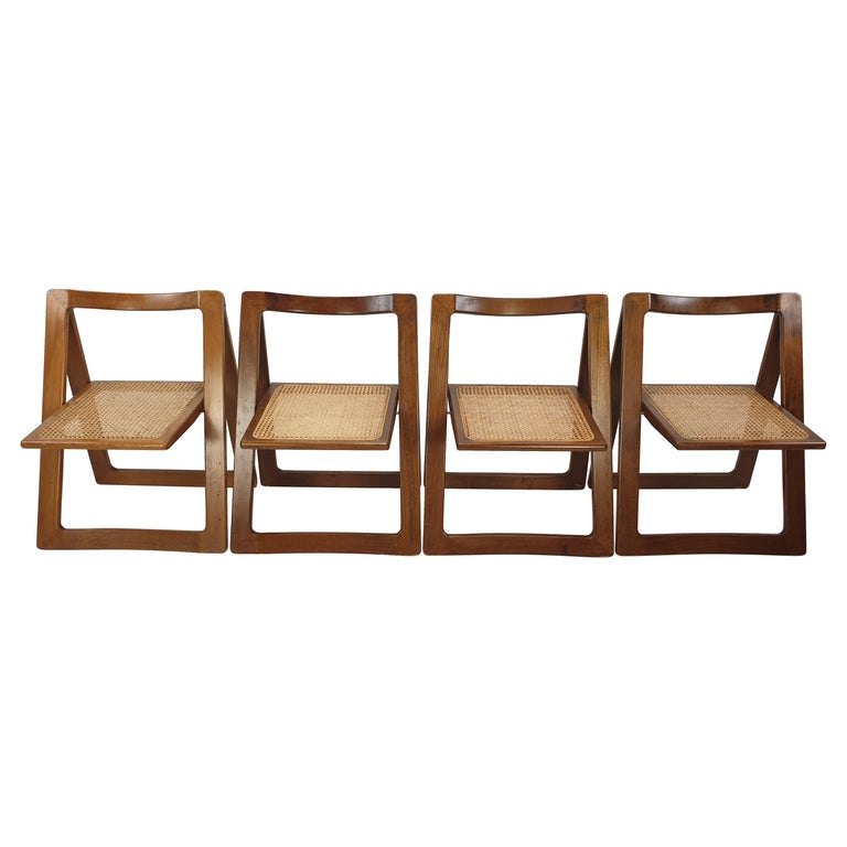"""Mid-Century Set of 4 """"Trieste"""" Chairs by Jacober & d'Aniello for Bazzani, 1960's For Sale"""
