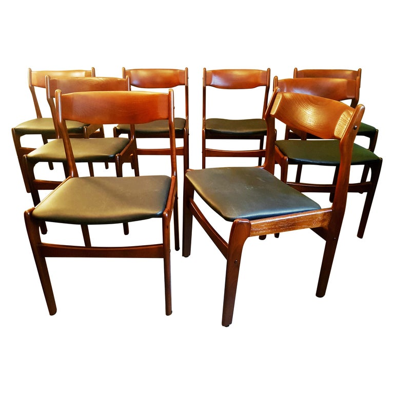 Midcentury Set of 8 Refinished Danish Erik Buch Dining Chairs in Teak, 1960 For Sale