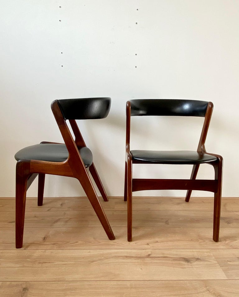 Midcentury Set of Four, Black Dining Room Chairs, Model Fire by Kai Kristiansen For Sale 1
