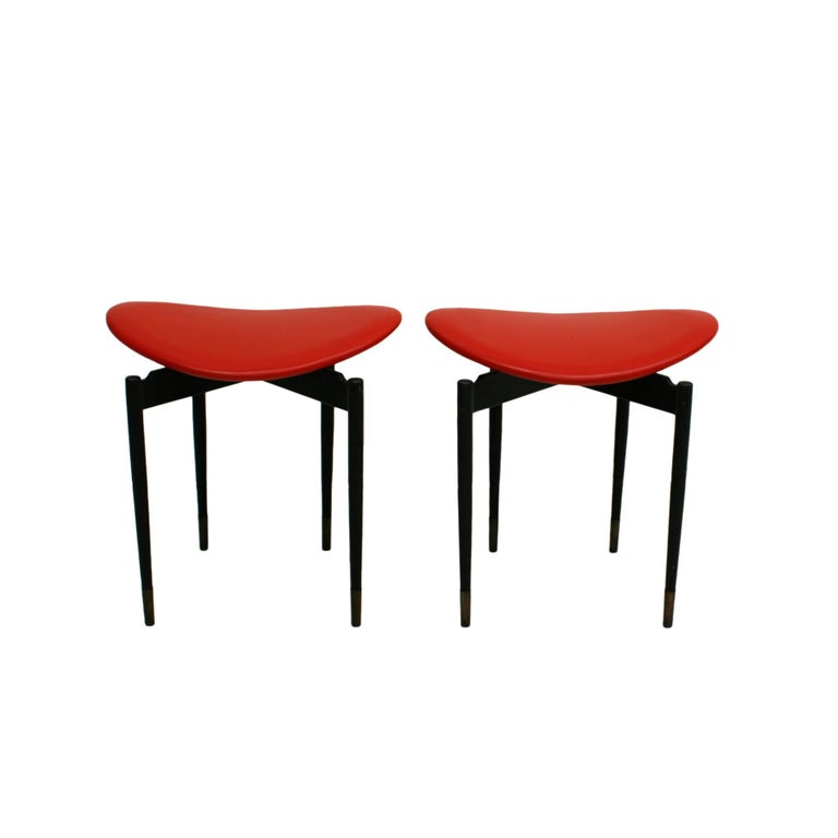 Set of two stools mod.