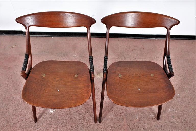 Midcentury, Set of Two Teak Danish Chair by Hovmand-Olsen for M.K., Denmark For Sale 5