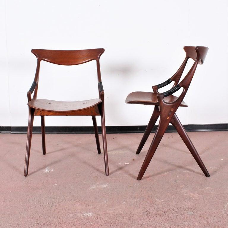 Italian Midcentury, Set of Two Teak Danish Chair by Hovmand-Olsen for M.K., Denmark For Sale