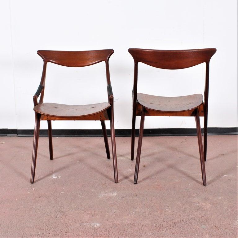 Mid-20th Century Midcentury, Set of Two Teak Danish Chair by Hovmand-Olsen for M.K., Denmark For Sale
