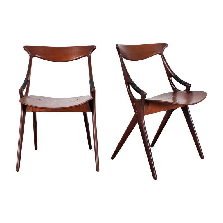 Midcentury, Set of Two Teak Danish Chair by Hovmand-Olsen for M.K., Denmark For Sale