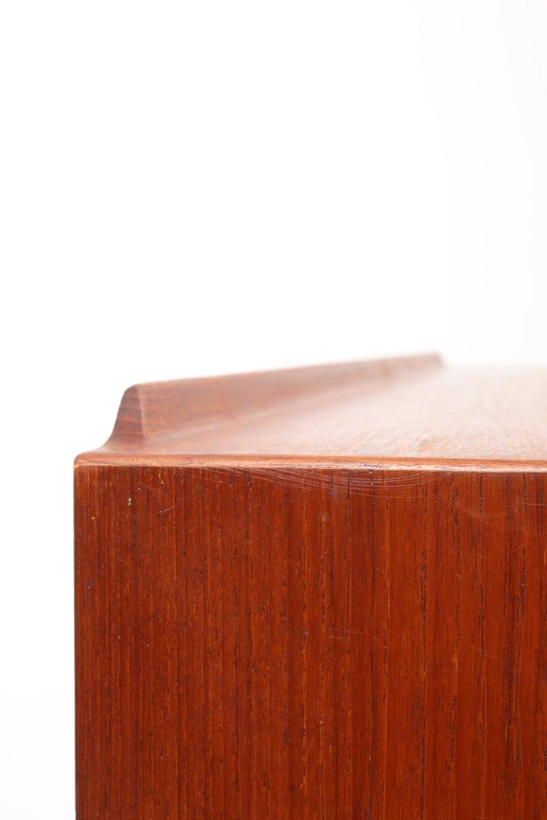 Midcentury Sideboard in Teak with Colored Panels by Arne Vodder 4